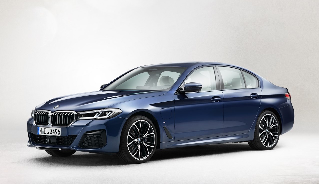 The 4 4 Series Coupe, iX4 and 4 Series LCI Leaked! - BimmerFile