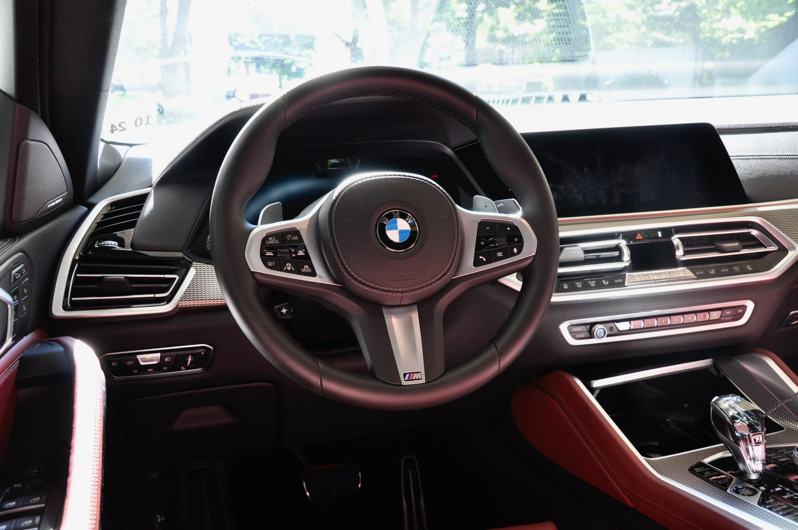BMW X6 M50i Review