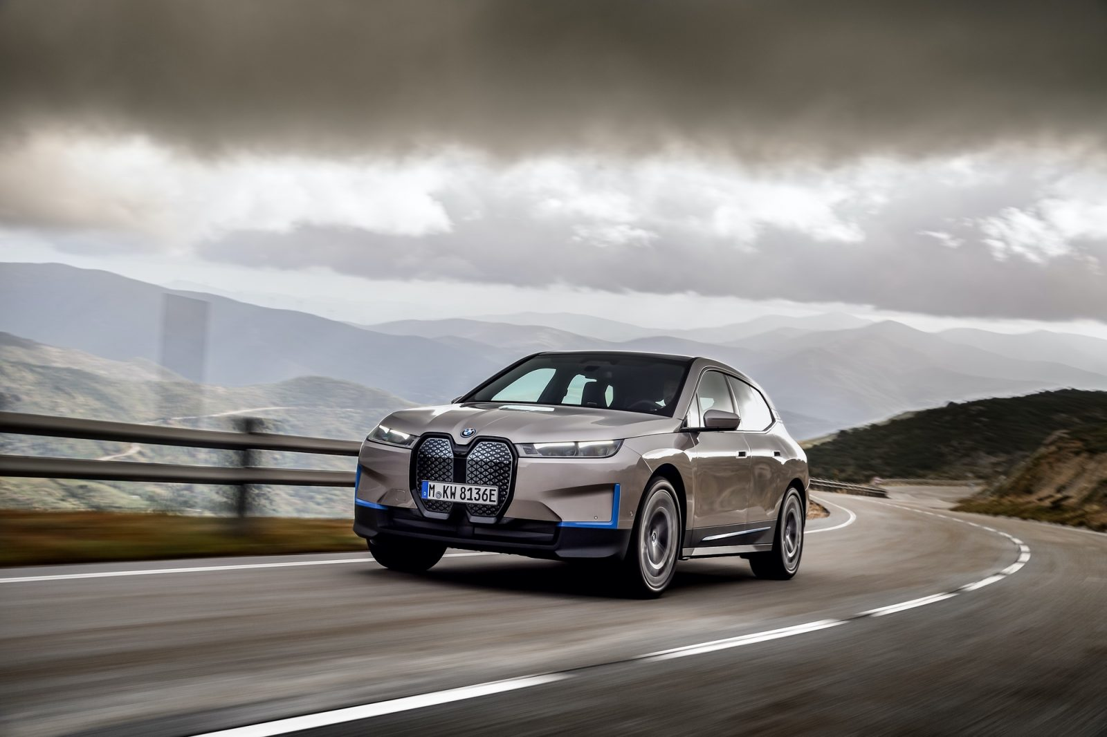 BMW iX videos