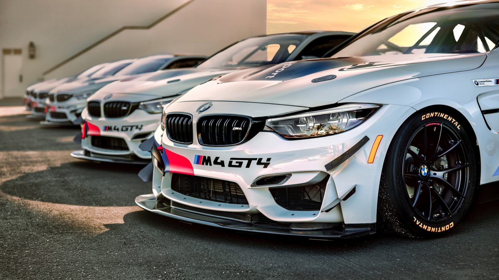 BMW M4 GT4 Racing School