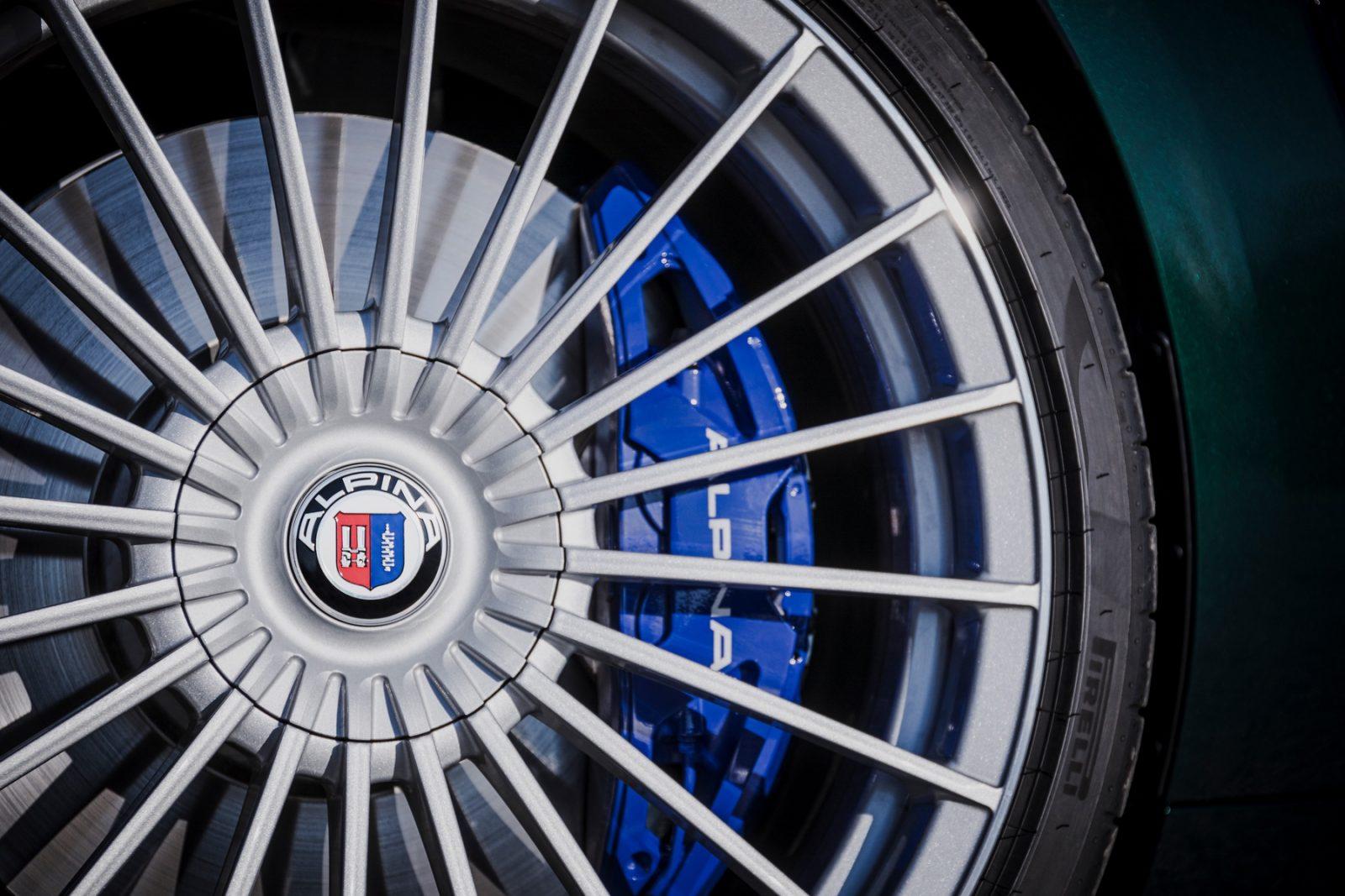 2022 BMW ALPINA B8