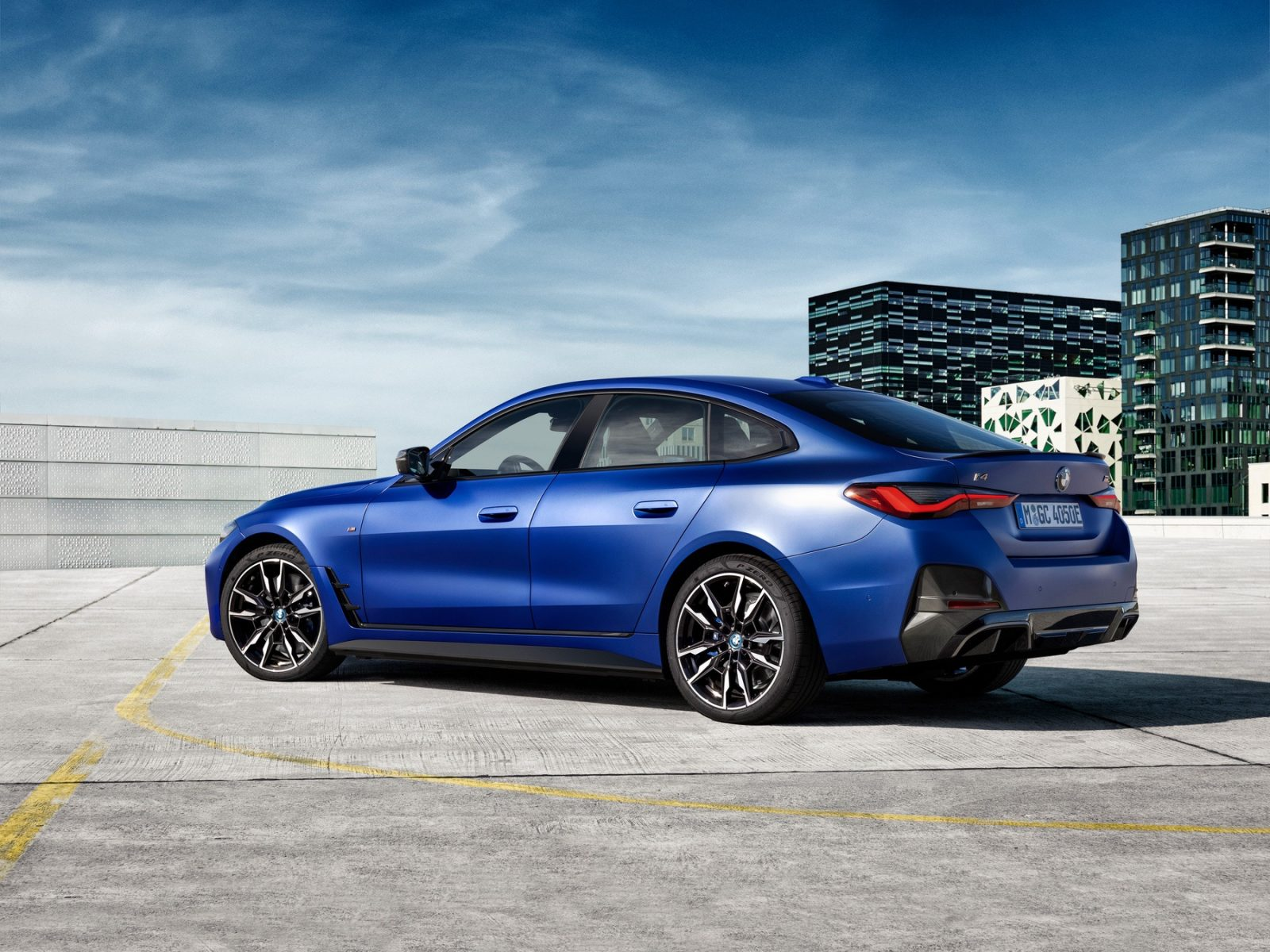 2023 BMW i4